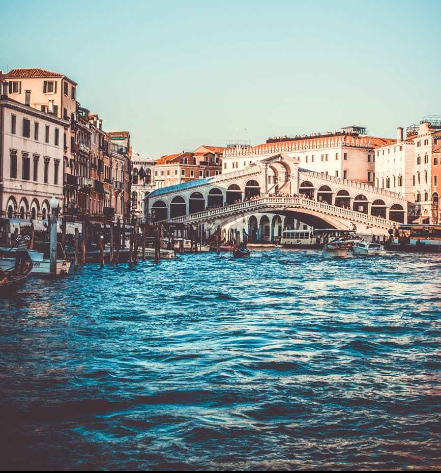 rialto bridge spain